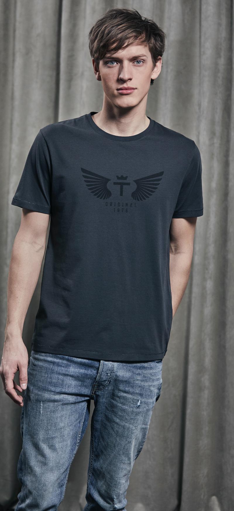 Wings Luxury Tee